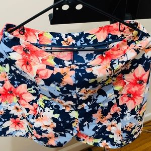 New York and company floral dress shorts